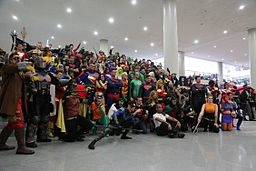 New_York_Comic_Con_2014_-_DC_(15499502556).jpg